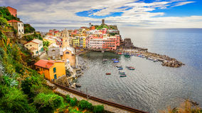 Panoramic view of colorful Vernazza village in Cinque Terre Stock Photo