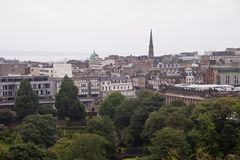 A panoramic view of Edinburgh from the castle hill Royalty Free Stock Photos