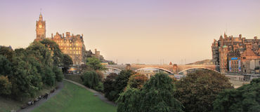 Panoramic view of Edinburgh, Scotland, UK on sunset Royalty Free Stock Photos