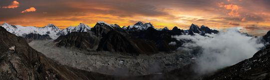 Everest, Lhotse, Cho Oyu and Ngozumba glacier Royalty Free Stock Photos