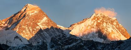 Panoramic view of Everest and Lhotse from Gokyo valley Royalty Free Stock Photography