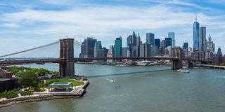 Panoramic view of lower Manhattan and Brooklyn bridge in New Yor Royalty Free Stock Image