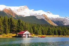 Maligne lake in Jasper national park stock images