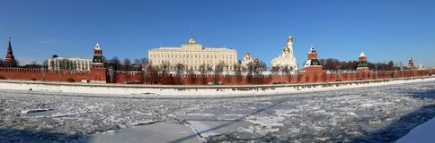 Panoramic View of the Moskva River and the Kremlin winter day, Moscow, Russia Stock Images