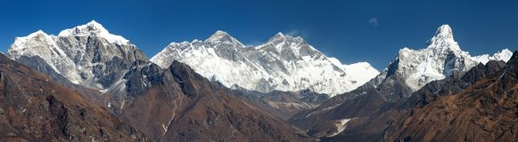 Panoramic view of Mount Everest from Kongde Stock Images