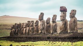 Free Panoramic View Of The 15 Moai Of Ahu Tongariki On Easter Island Royalty Free Stock Images - 139997379