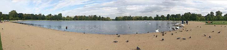 Panoramic view of the pond Royalty Free Stock Photography