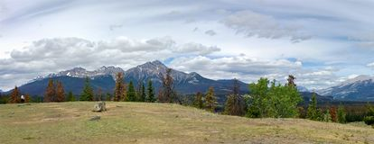 Panoramic view of the Rocky mountains in Jasper National Park stock photography