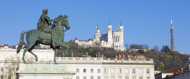 Panoramic view of Statue  and Basilica Royalty Free Stock Photography