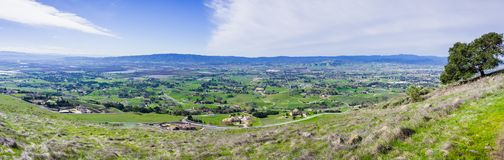 Panoramic view of the towns of South Valley. Gilroy, San Martin, Morgan Hill as seen from Coyote Lake Harvey Bear Ranch County Park, south San Francisco bay stock photography