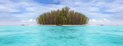 Panoramic view of a tropical island Royalty Free Stock Photos