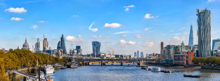 Panoramic view from Waterloo bridge to river Thames Royalty Free Stock Photos