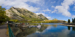 Panoramic view of Waterton Lakes Royalty Free Stock Photos