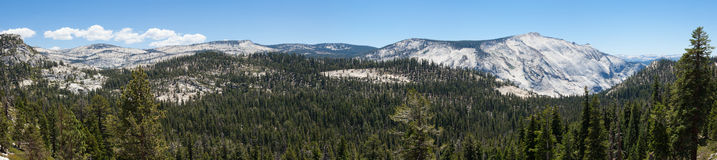 Panoramic view of Yosemite national park in California Royalty Free Stock Photos