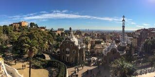 Panoramica com as construções muito singulares feitas das pedras imagem de stock royalty free