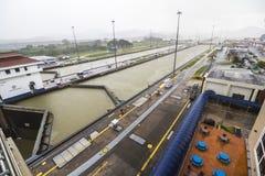 Panoramica del canale di Panama a Miraflores Fotografie Stock