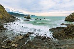Panoramica della costa Gaztelugatxe Immagine Stock