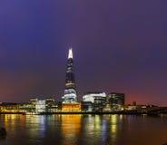Panoramica di Londra con il ponte di Londra del coccio Fotografie Stock Libere da Diritti
