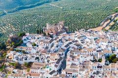 Panoramica Zuheros, rdoba del ³ di CÃ fotografia stock libera da diritti