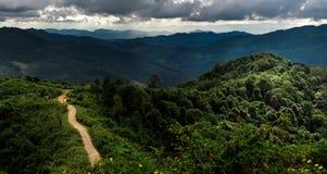 Panoramico della montagna Fotografie Stock