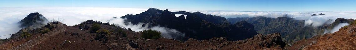 Panoramico sopra le nuvole Immagine Stock
