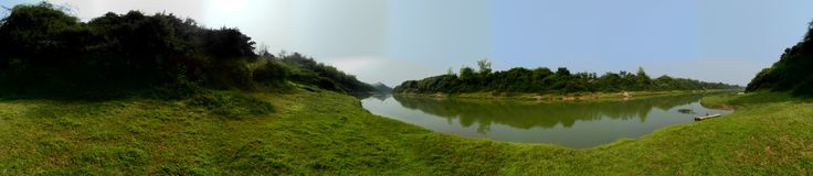 Panoramiczna fotografii rzeki wojna Zdjęcia Stock