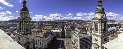 Panoramicznego widoku wersja 2 od punkt widzenia St Stephen katedra, przegapia kwadrat w Budapest, Węgry zdjęcia royalty free