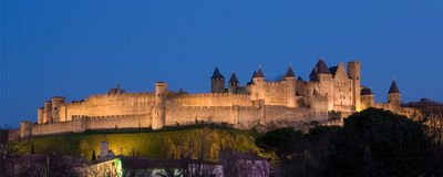 panoramiczny Carcassonne zmrok Obrazy Stock