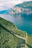 Panoramiczny żelazny schody na Jeziornym Gardzie Fotografia Stock
