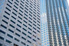 Panoramiczny i perspektywiczny szeroki kąta widok stalowego błękita tło szkło Obrazy Royalty Free