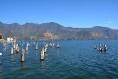 Panoramiczny krajobrazów Atitlan jezioro Gwatemala fotografia royalty free