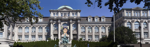 Panoramiczny LuEsther T Mertz biblioteka przy Bronx ogródem botanicznym obrazy stock