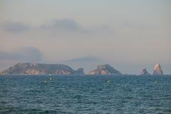 Panoramiczny Medes wyspy w morzu śródziemnomorskim, costar obraz royalty free