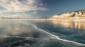 Panoramiczny ruch na Jeziornym Baikal w zimie zdjęcie wideo