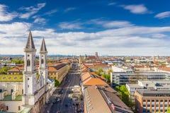 Panoramiczny strza? Prinzregentenstrasse w Monachium obraz stock