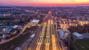Panoramiczny trutnia widoku pver Tarnowski, Polska przy zmierzchem zdjęcia royalty free