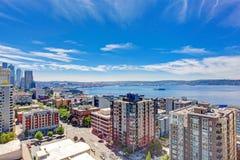 Panoramiczny widok śródmieście Seattle podczas lato czasu, Washin fotografia stock