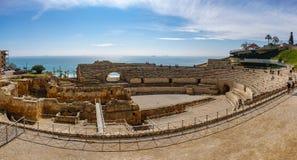 Panoramiczny widok antyczny rzymski amfiteatr Tarragona obok morza fotografia royalty free