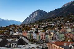 Panoramiczny widok Austriacki miasto innsbruk zdjęcia royalty free