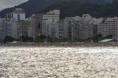 Panoramiczny widok Copacabana plaża i swój budynki obrazy royalty free