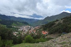 Panoramiczny widok Devin, Bułgaria Fotografia Royalty Free
