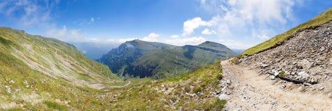 Panoramiczny widok góra Bucegi na lecie Fotografia Royalty Free