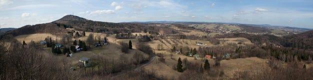 Panoramiczny widok góra Jedlova w Łużyckich górach Obrazy Royalty Free