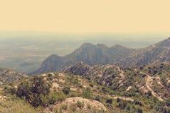 Panoramiczny widok góra krajobraz; filtrujący, retro styl, fotografia royalty free