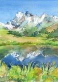 Panoramiczny widok idylliczne góry w Alps z świeżymi zielonymi łąkami w kwiacie, jeziorze i kwiatach na przedpolu, akwarela ilustracja wektor
