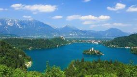 Panoramiczny widok Krwawić jezioro, Slovenia zbiory