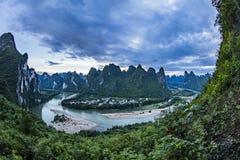 Panoramiczny widok Li rzeka blisko Yangshuo Fotografia Royalty Free