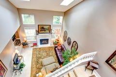 Panoramiczny widok luksusowy żywy pokój. Obraz Stock
