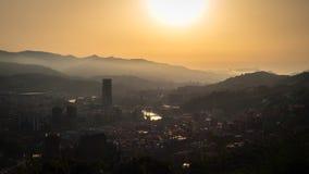 Panoramiczny widok miasto Bilbao podczas zmierzchu zdjęcie royalty free