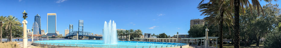 Panoramiczny widok miasto linia horyzontu z turystami, Jacksonville obrazy stock